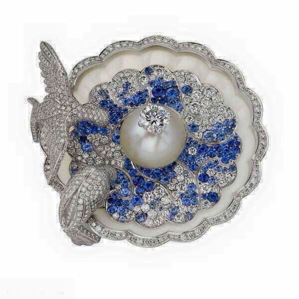 Platinum, Diamond, Mother of Pearl, Sapphire & Pearl Fountain Doves Brooch by Van Cleef & Arpels, 1930s