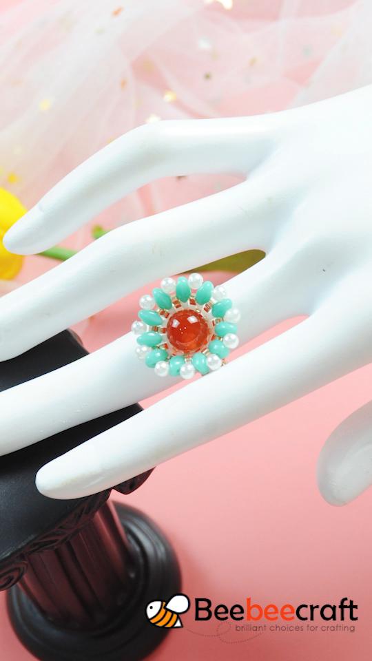 Beebeecraft flower ring