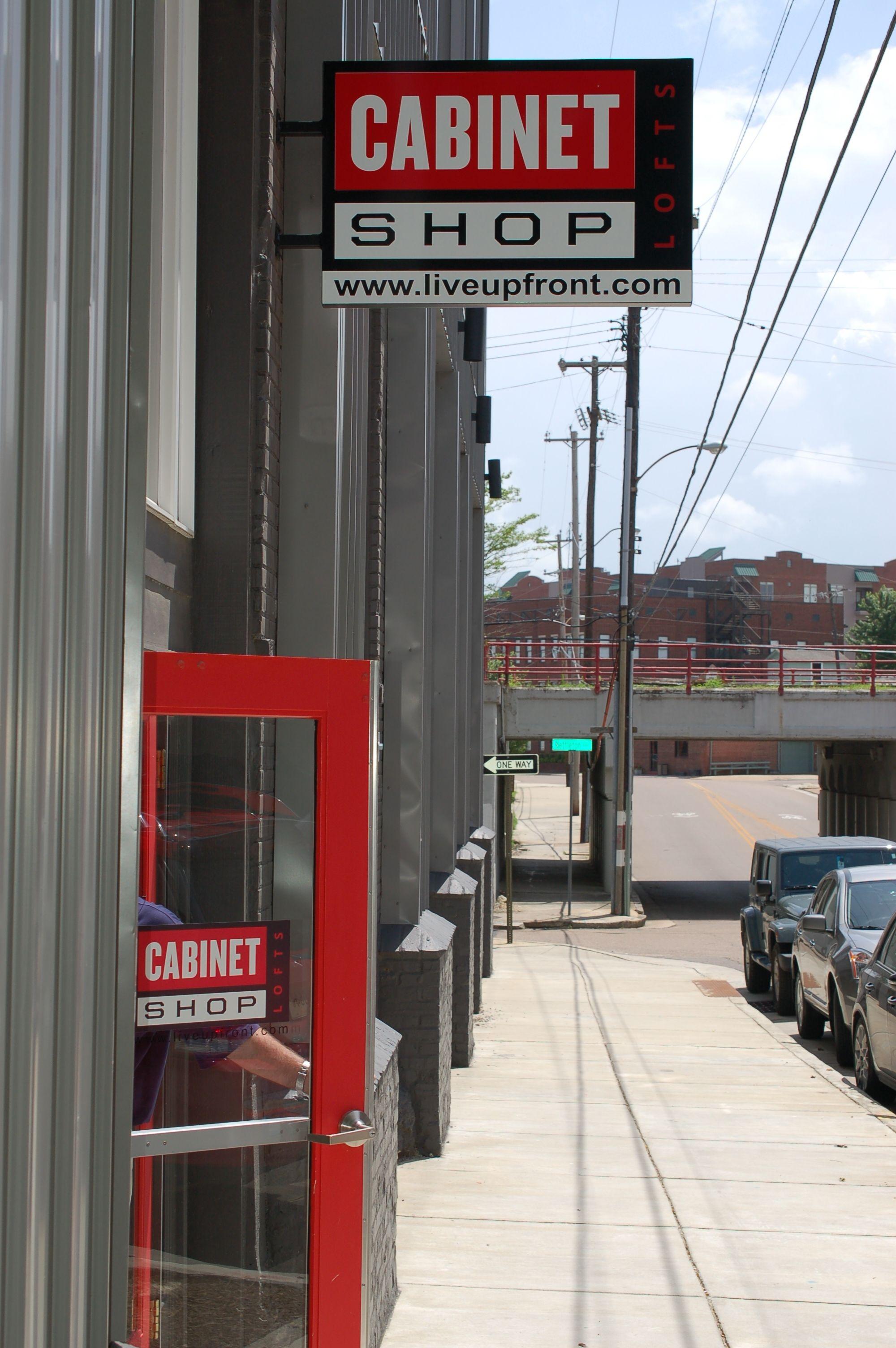 Urban Living At The Cool Cabinet Shop Apartments Downtown Memphis Tn Downtown Apartment Urban Living Downtown Memphis