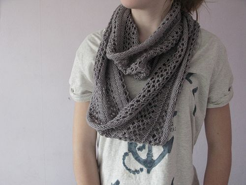A *knit cowl pattern, perhaps someday I\'ll get some circular needles ...