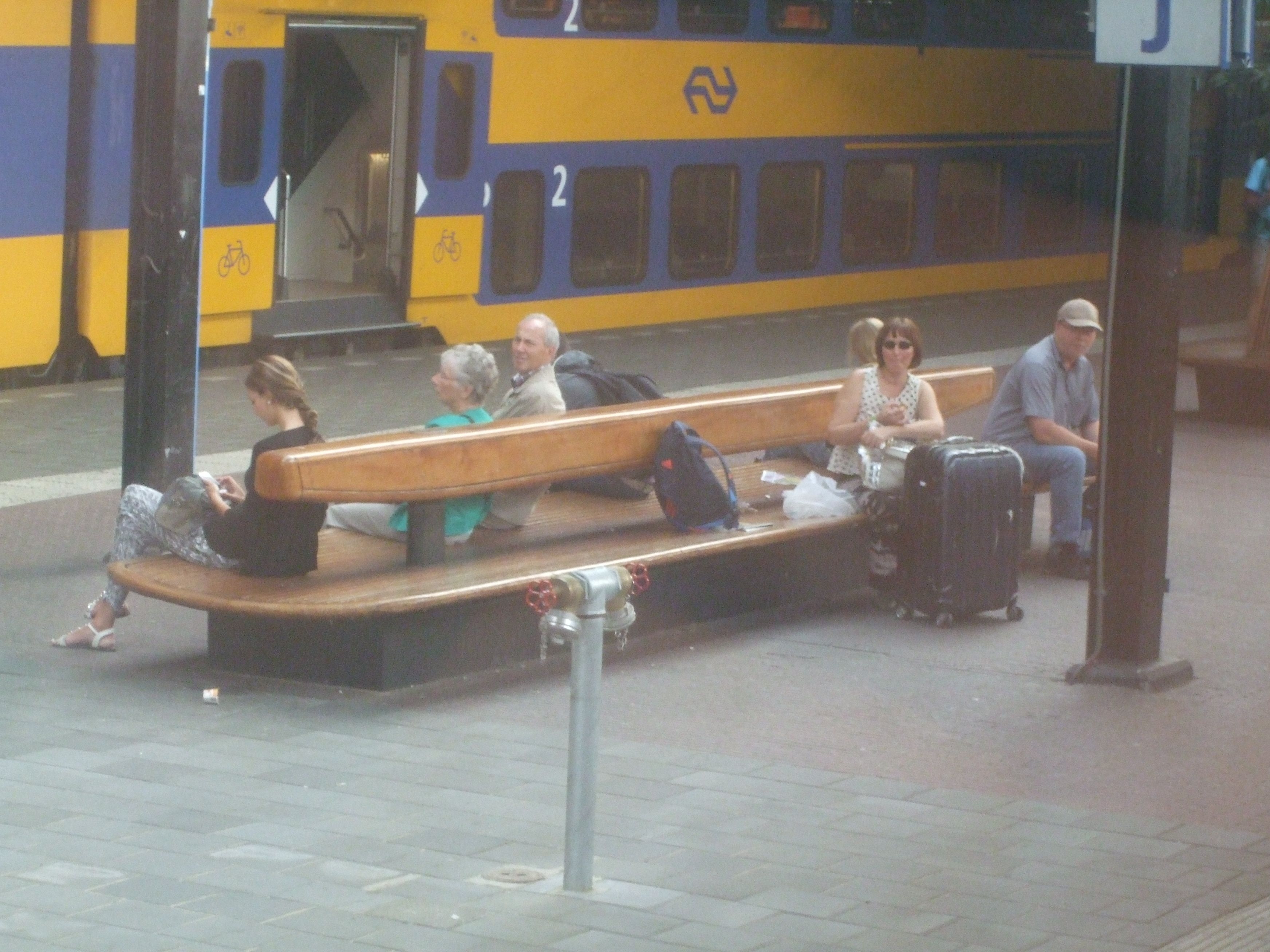 double seatbench on railstation Eindhoven