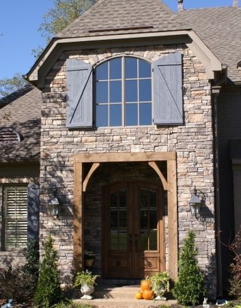 Memphis Stone And Stucco Reclaimed Barn Wood House Styles House