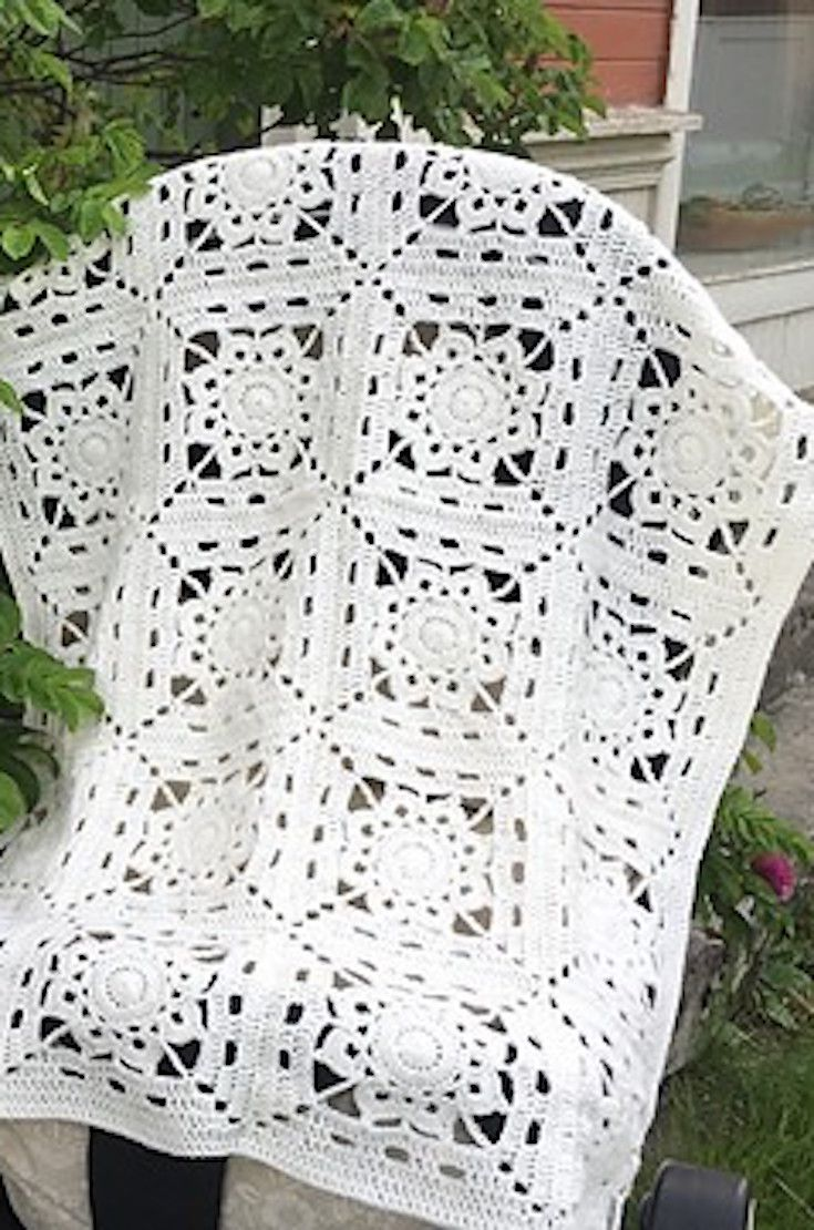 Free Pattern] This Luxurious Afghan Is Easier Than You Think ...