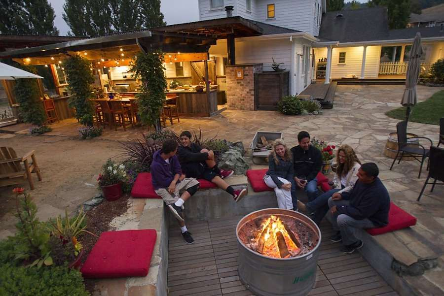 After the Minas bought their Nicasio home, they invested in the outdoor kitchen and entertaining area. Photo: Stephen Lam, Special To The Chronicle