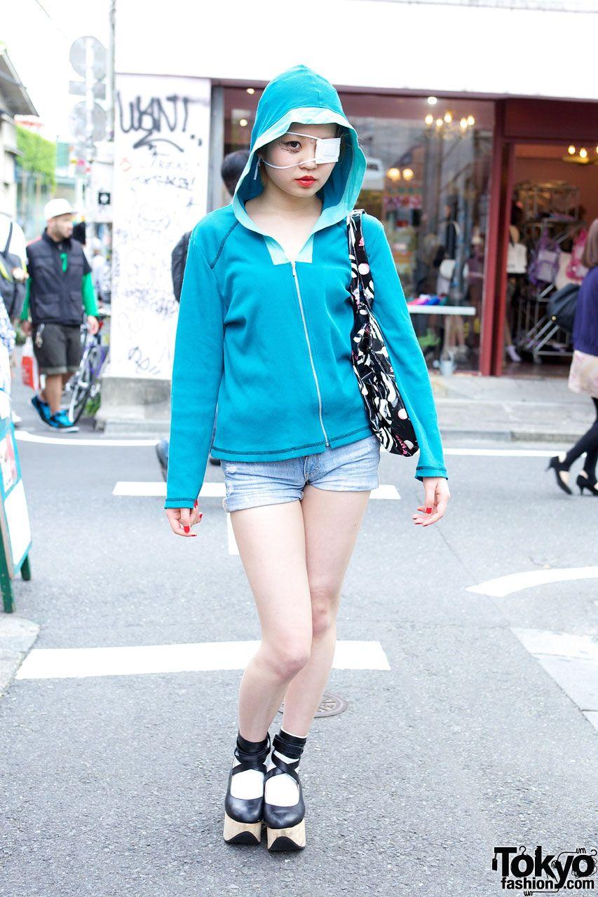 Hoodie & resale shorts in Harajuku