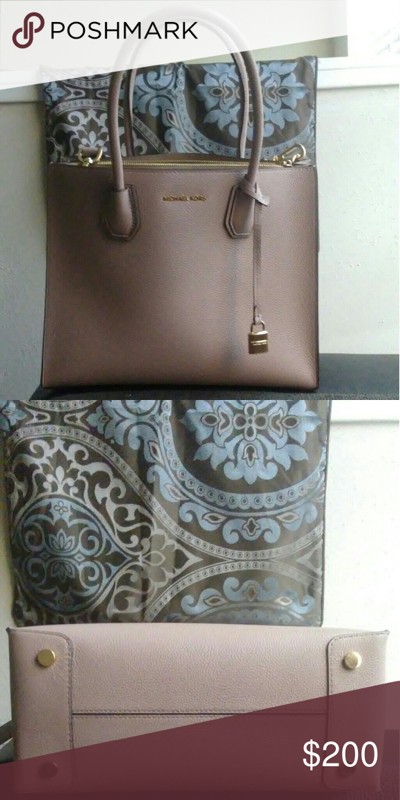 406a9e581a0 ... coupon for michael kors studio mercer large tote the color is fawn ive  only worn 48440 ...