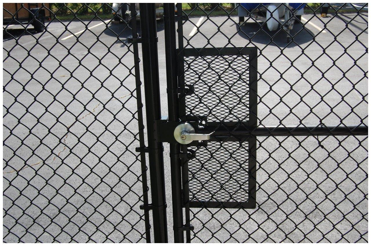 Chain Link Fence Gate Lock 85869 Chain Link Fence Gate Locks See With Regard To Measurements 2558 X 1586 Chai Chain Link Fence Gate Fence Gate Chain Link Fence