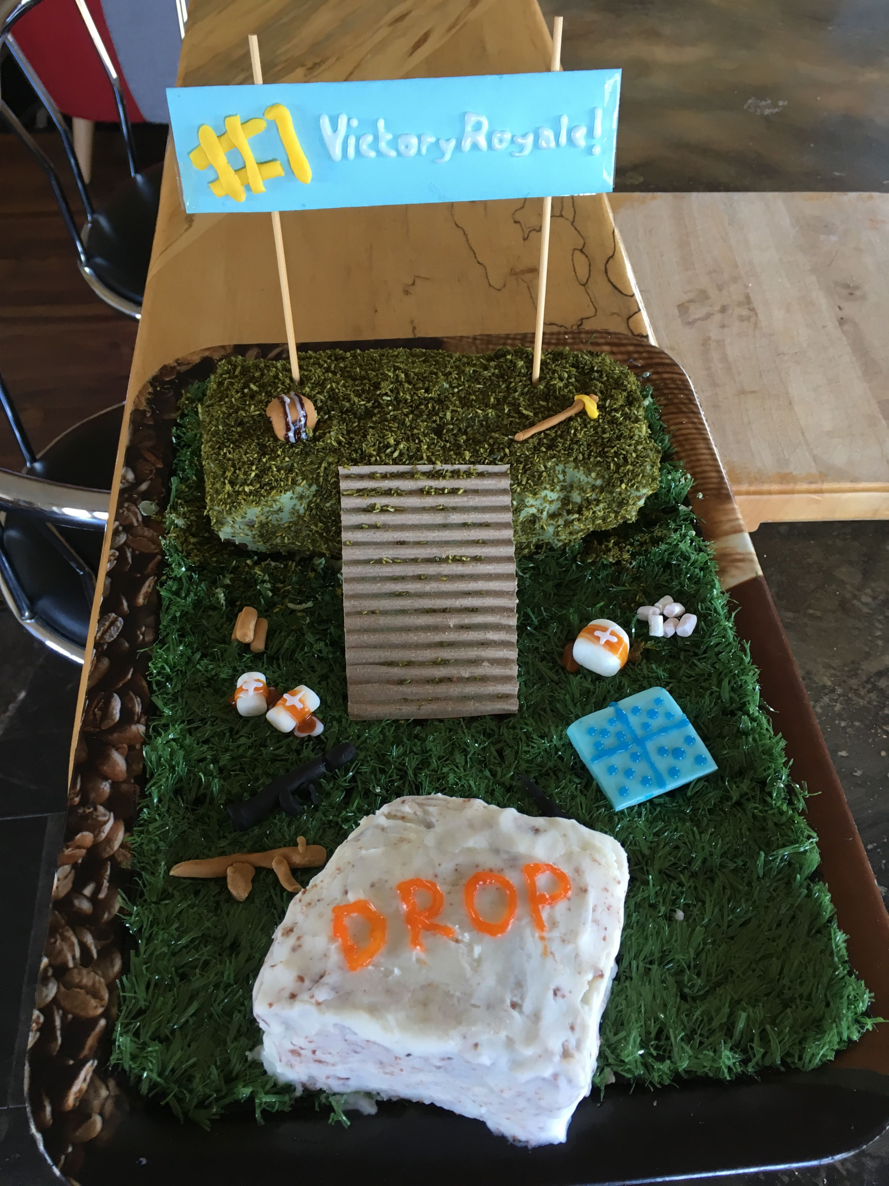 Fortnite Battle Royale Cake With Images Jake Cake Birthday