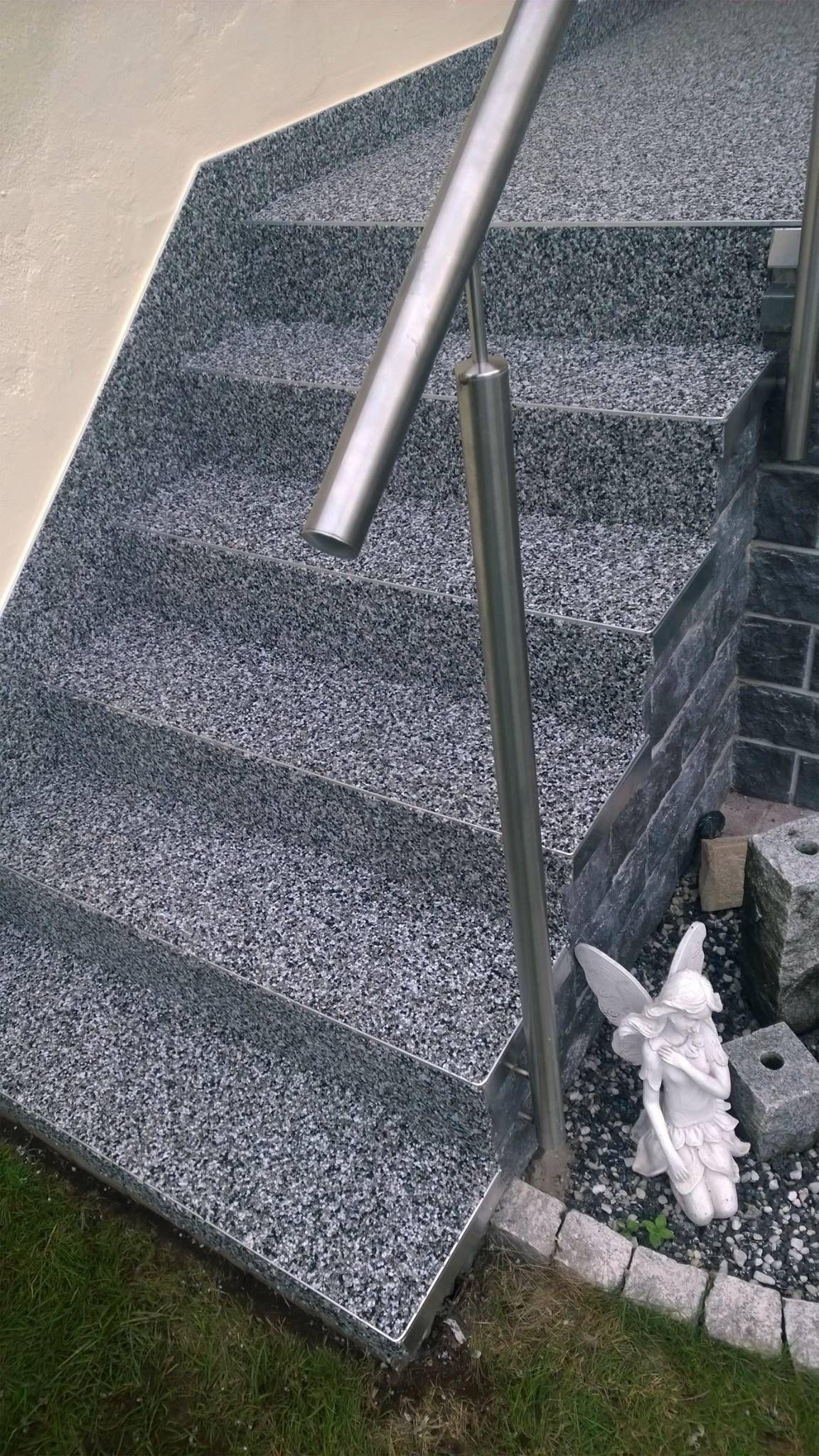 steinteppich als treppenbelag individuelle balkonbel ge pinterest steine treppe und balkon. Black Bedroom Furniture Sets. Home Design Ideas