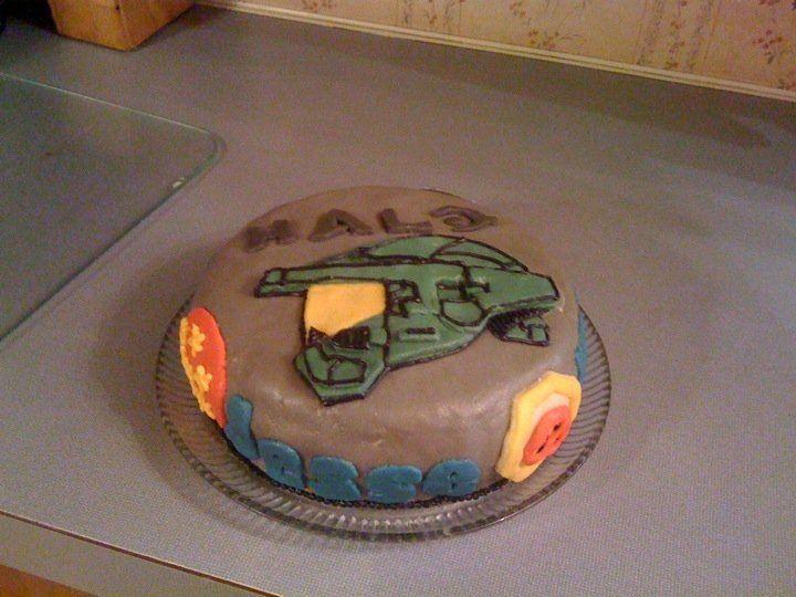 Halo Birthday Cake.