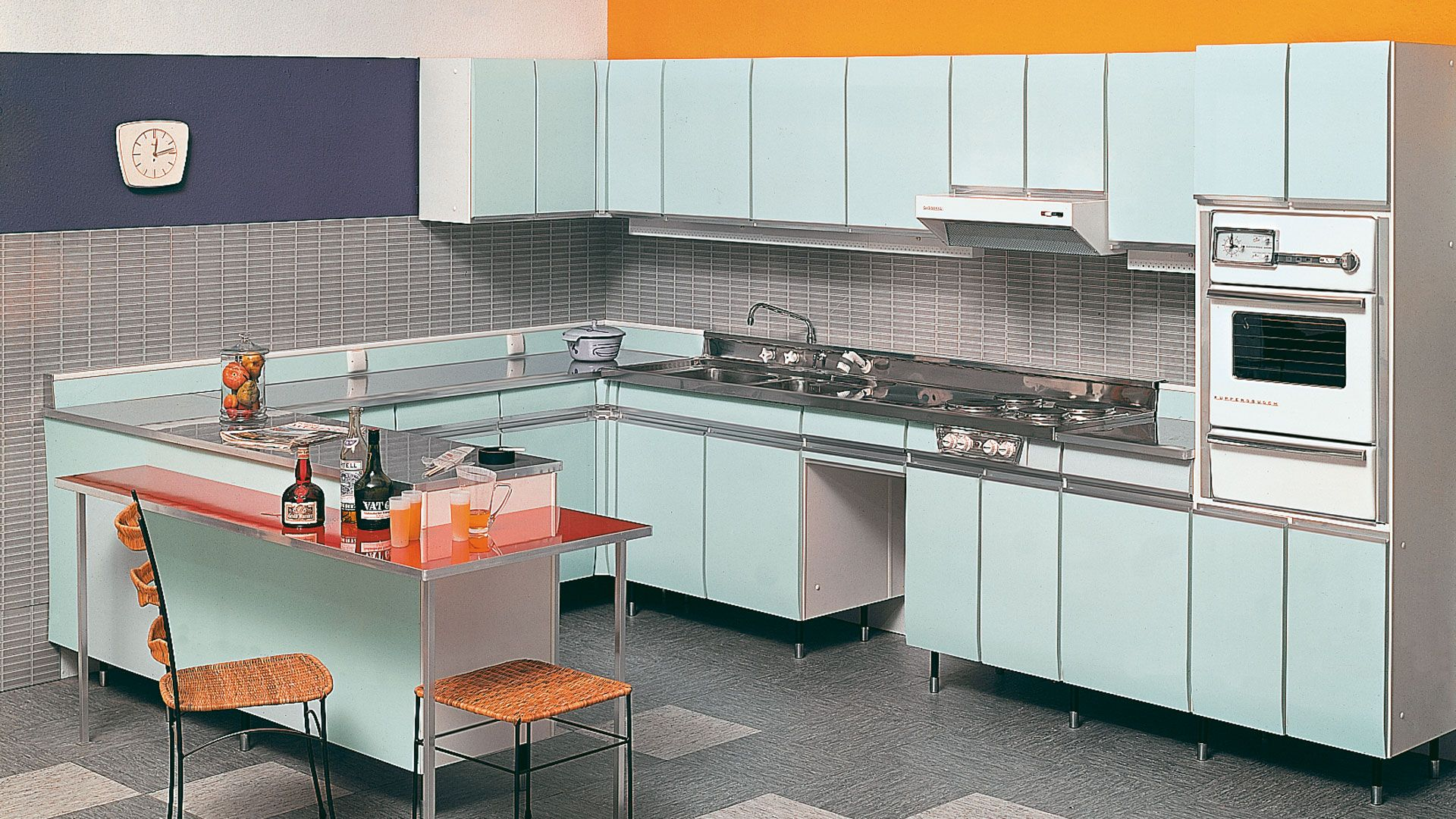 1960 The name SieMatic is derived from the name of the