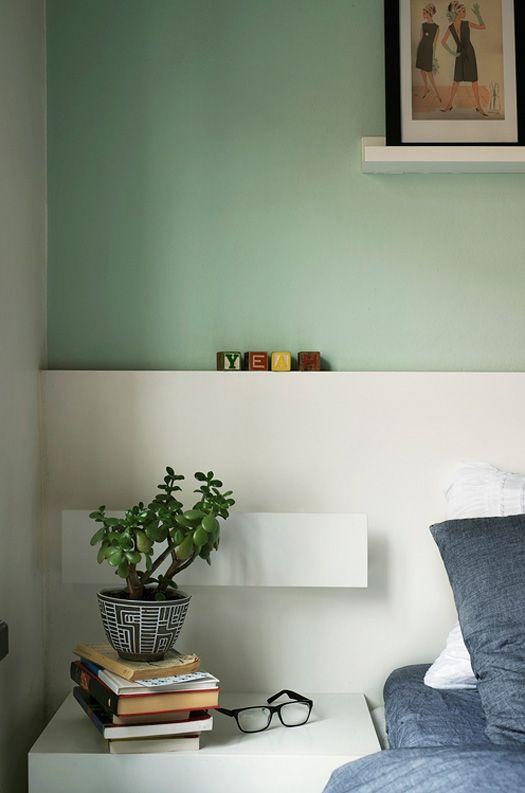 obs couleur du mur vert d 39 eau et soubassement pour structurer l 39 espace en blanc chambre. Black Bedroom Furniture Sets. Home Design Ideas