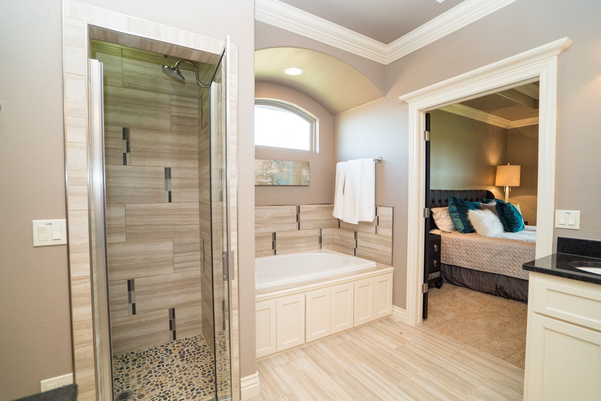 New Home at 3924 NW 167th Terrace, Edmond OK - 3 beds. 2.50 baths. 2443 sq.ft.