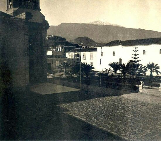 La Plaza de la Iglesia en 1906. Puerto de la Cruz