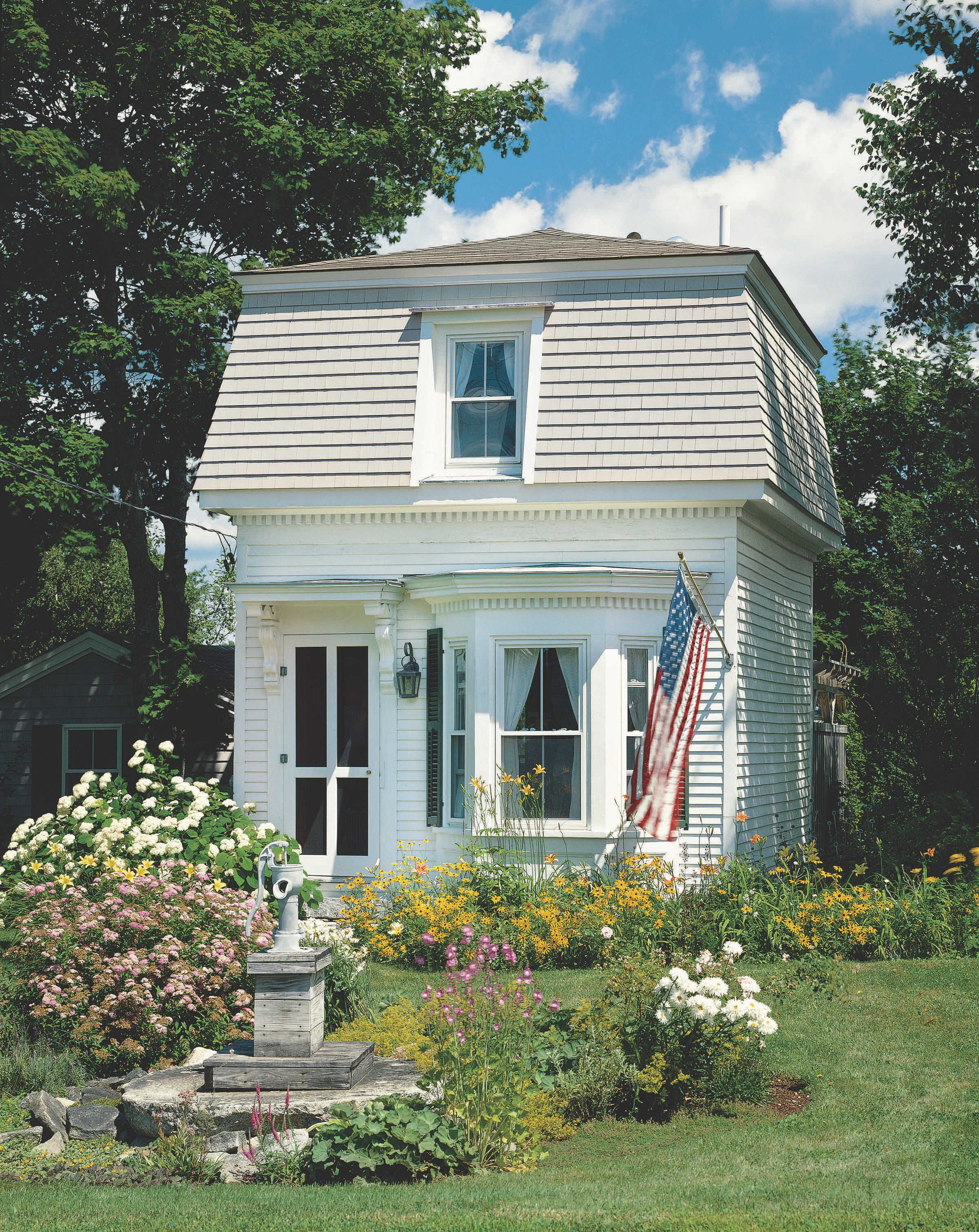 Small Space Living Ideas Inspired By An 84 Sq Ft Home Mansard Roof House Restoration Cottage