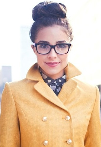 0b5fd28fd2f 10 Ways to Look Gorgeous in Glasses