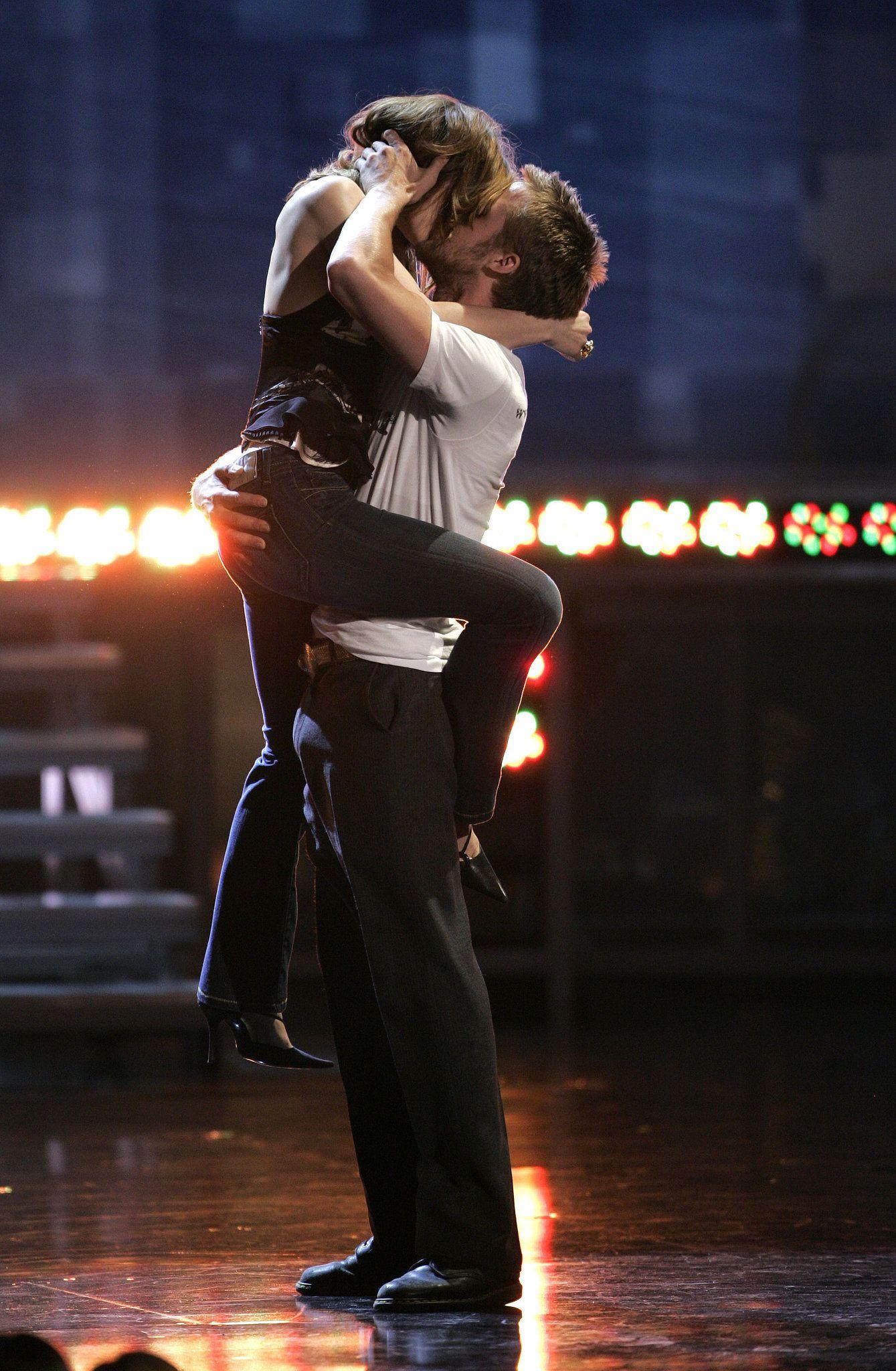 The Epic Ryan Gosling/Rachel McAdams Kiss at the MTV Movie ...
