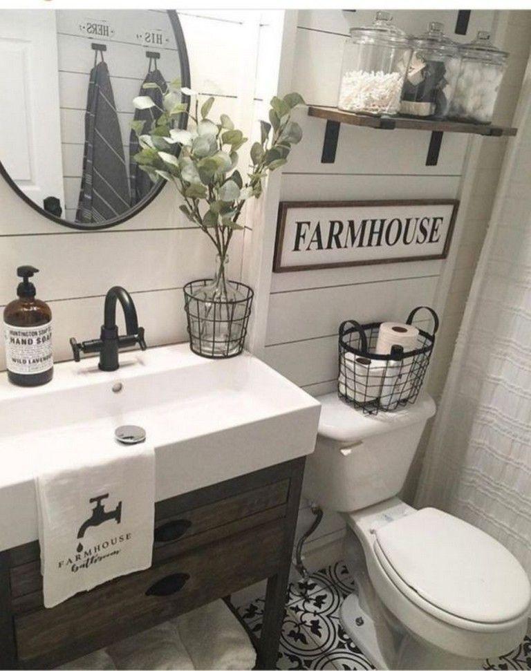 40 Beautiful Farmhouse Master Bathroom Decorating Ideas In 2020 Modern Farmhouse Bathroom Farmhouse Bathroom Vanity Bathrooms Remodel