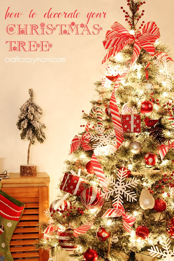 How To Dress A Christmas Tree Part - 19: How To Decorate Your Christmas Tree: Tips And Tricks That Department Stores  Use To Decorate