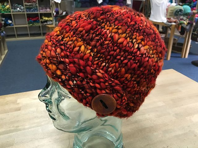 Caracol Button Hat by Kaity Fraker   malabrigo Caracol in Flama ...