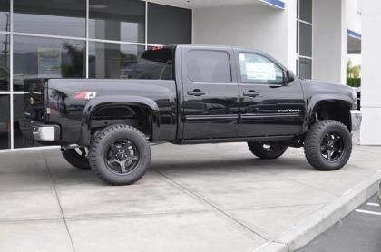 2013 chevy silverado 1500 southern comfort conversion 54 669 lifted chevy trucks for sale. Black Bedroom Furniture Sets. Home Design Ideas