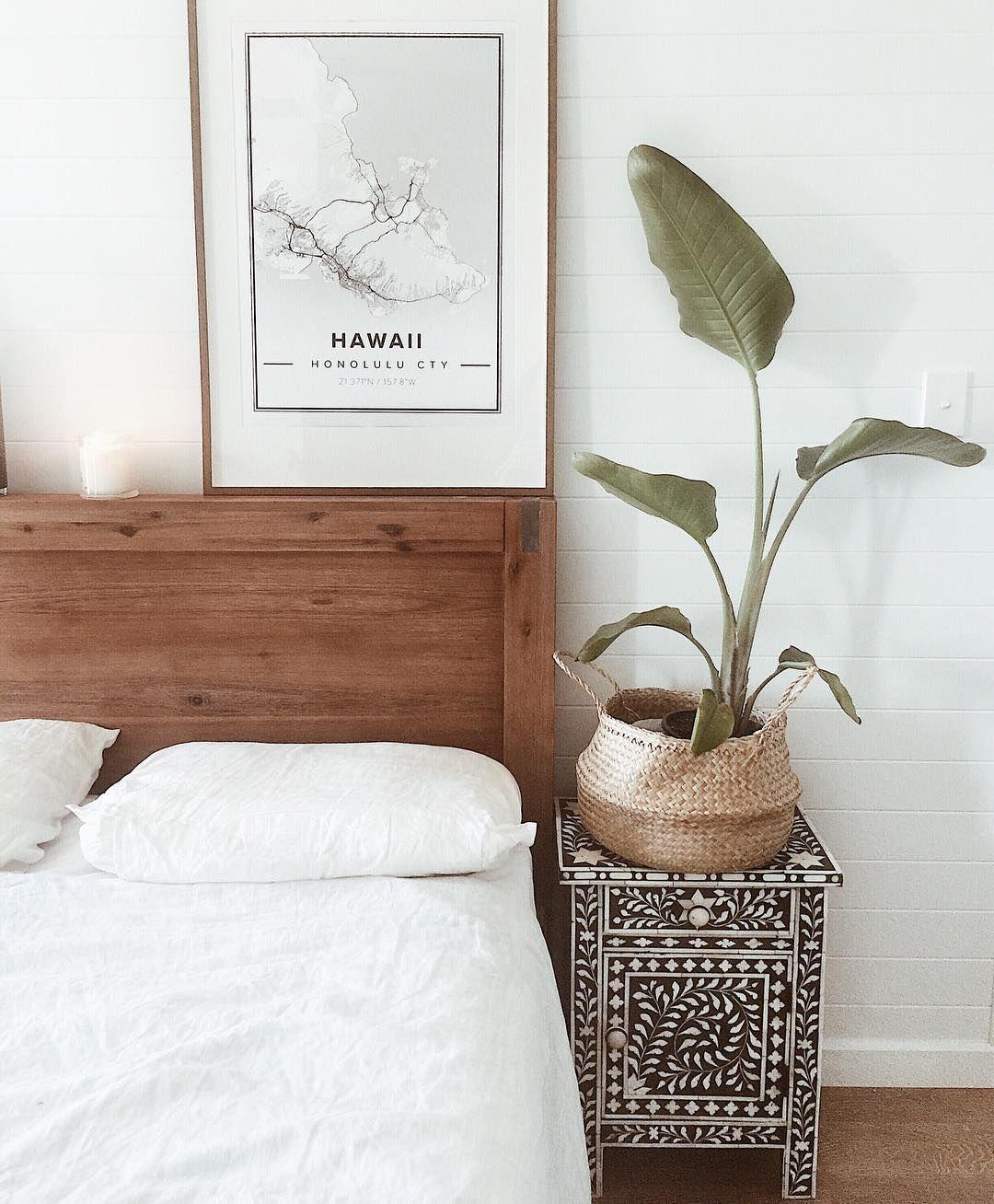 Minimal simple bedroom design hawaii map wall art inlay drawer