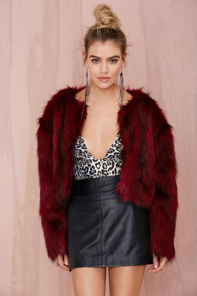 Collection Red Faux Fur Jacket Pictures - Reikian