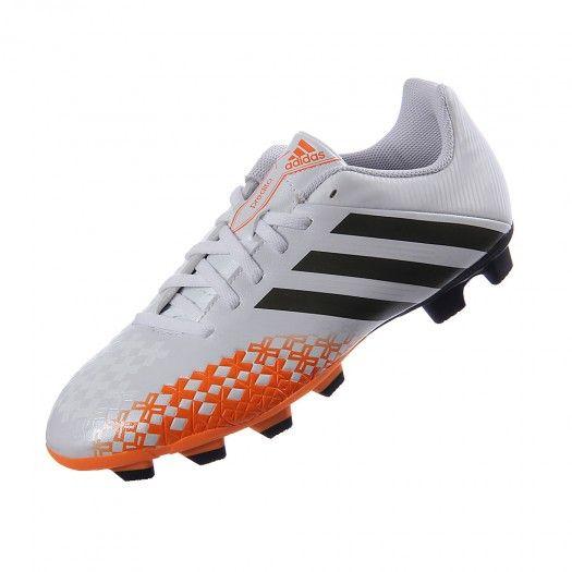 Domina la cancha y siénte la velocidad con el calzado Adidas Predito LZ TRX FG gracias a su diseño con 5 zonas letales predator® que garantizan el control del balón al 100%.