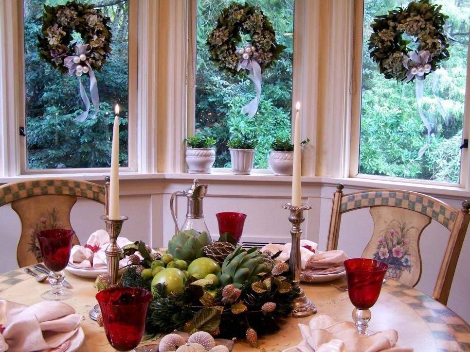 28 Christmas Table Decorations  Settings Unique centerpieces