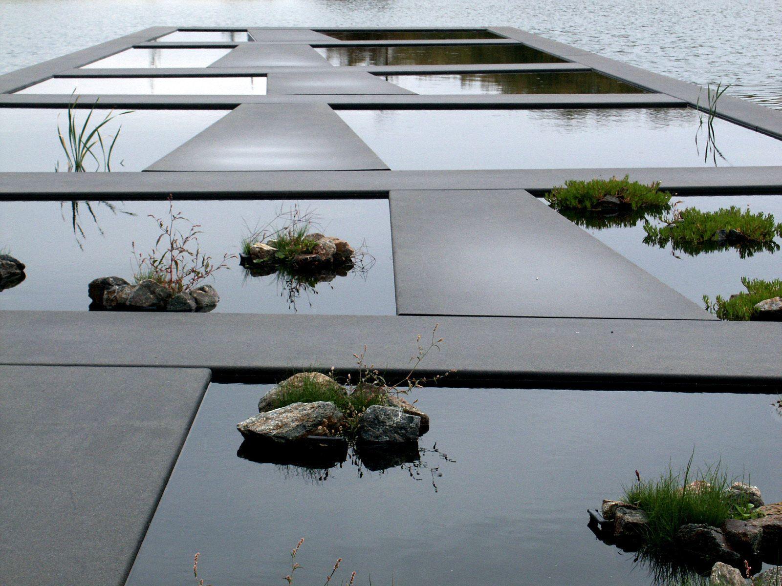 Detail of Water Garden, Bordeaux Botanical Garden. La Bastide ...