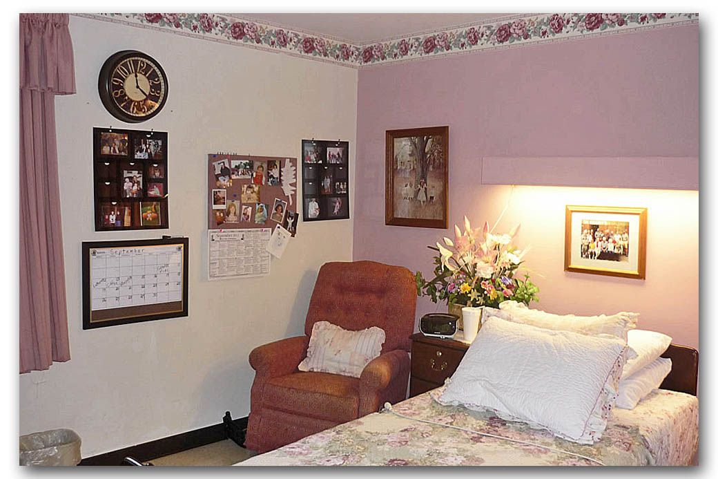 How to decorate a nursing home room mom in 2019 - Home decor ideas for living room ...