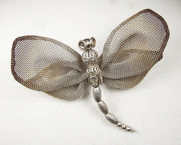 wings in sequins and pearls Butterfly pin application beaded body
