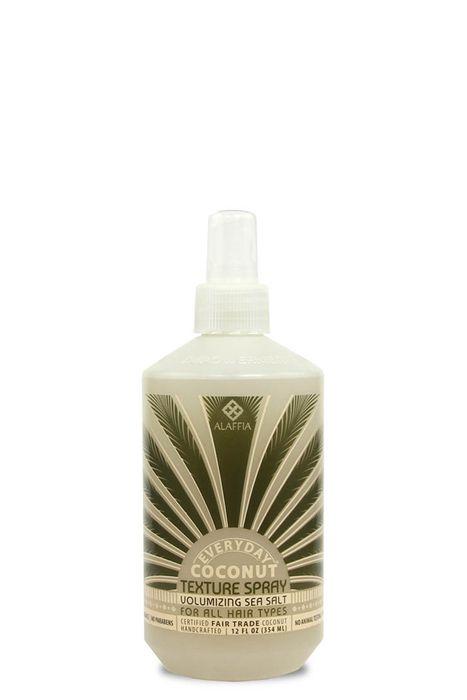 EVERYDAY COCONUT Volumizing Sea Salt Texture Spray - spray texturizador feito com sal marinho e água de coco para dar volume efeito praia, ideal para definir cachos ou usar pós baby-lizz. Não pesa e e tem fragância natural cítrica. Vende online, supermercados Target e WholeFoods nos EUA. Preço médio US$13. #cosmeticdetox #seasaltspray #hair #cabelos #spraytexturidador #volume #babylizz #organic #crueltyfree # cheveux @everydaycoconut