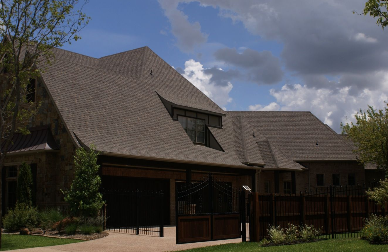 Best Stormmaster® Shake Roofing Shingles Featuring Scotchgard 640 x 480