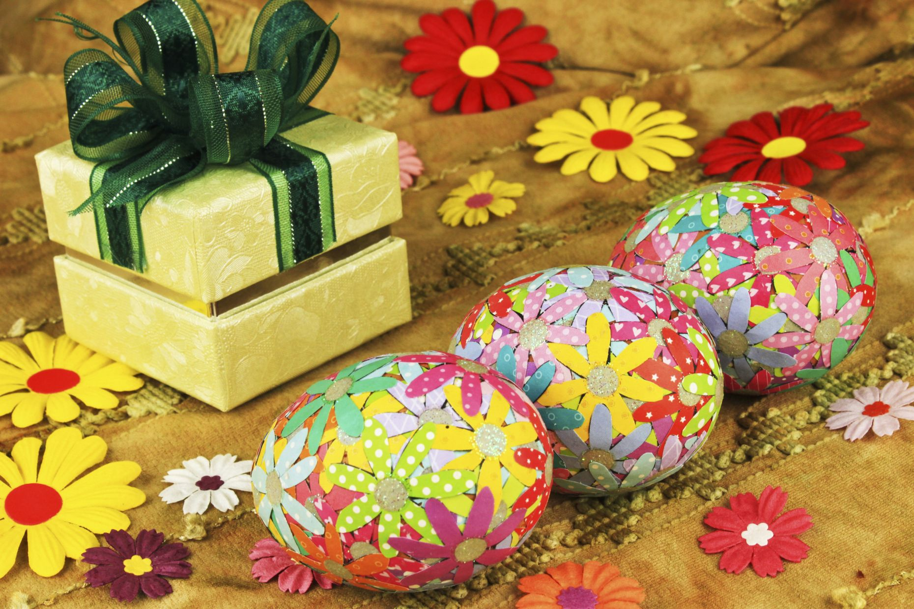 Decoupage con huevos de pascua como bien sabemos dir amos for Decoracion de pascua