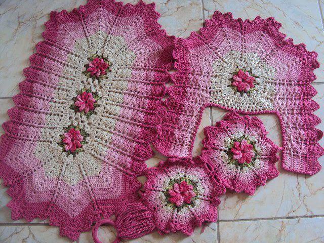 De tejido crochet y otras yerbas 24 alfombras para for Set de bano tejidos
