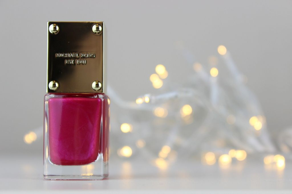 Michael Kors Nail Lacquers in Envy, Sensation and Scandal, photos, review, swatches