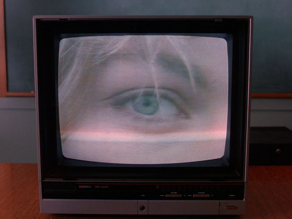 TWIN PEAKS (1990)  Cinematography by Ronald Víctor García Directed by David Lynch From the