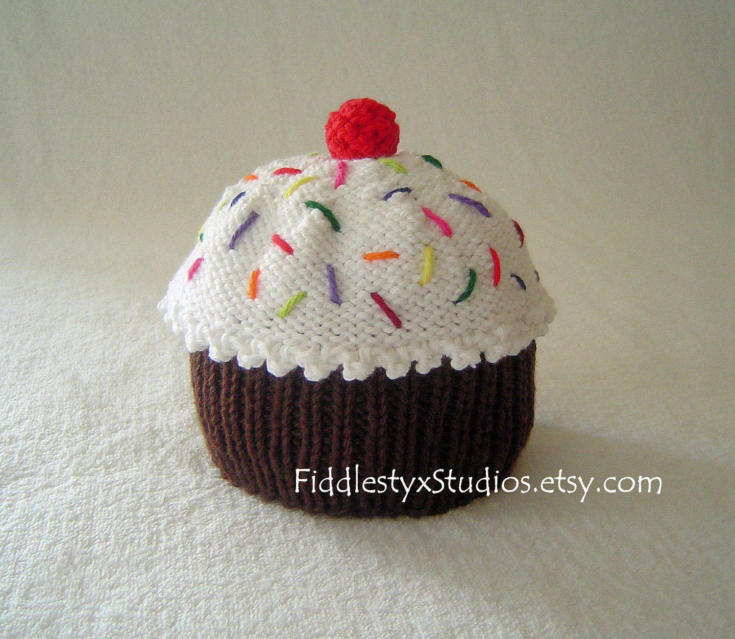 Baby cupcake hat birthday hat hand knit cupcake hat newborn baby cupcake hat birthday hat hand knit cupcake hat newborn infant bankloansurffo Image collections