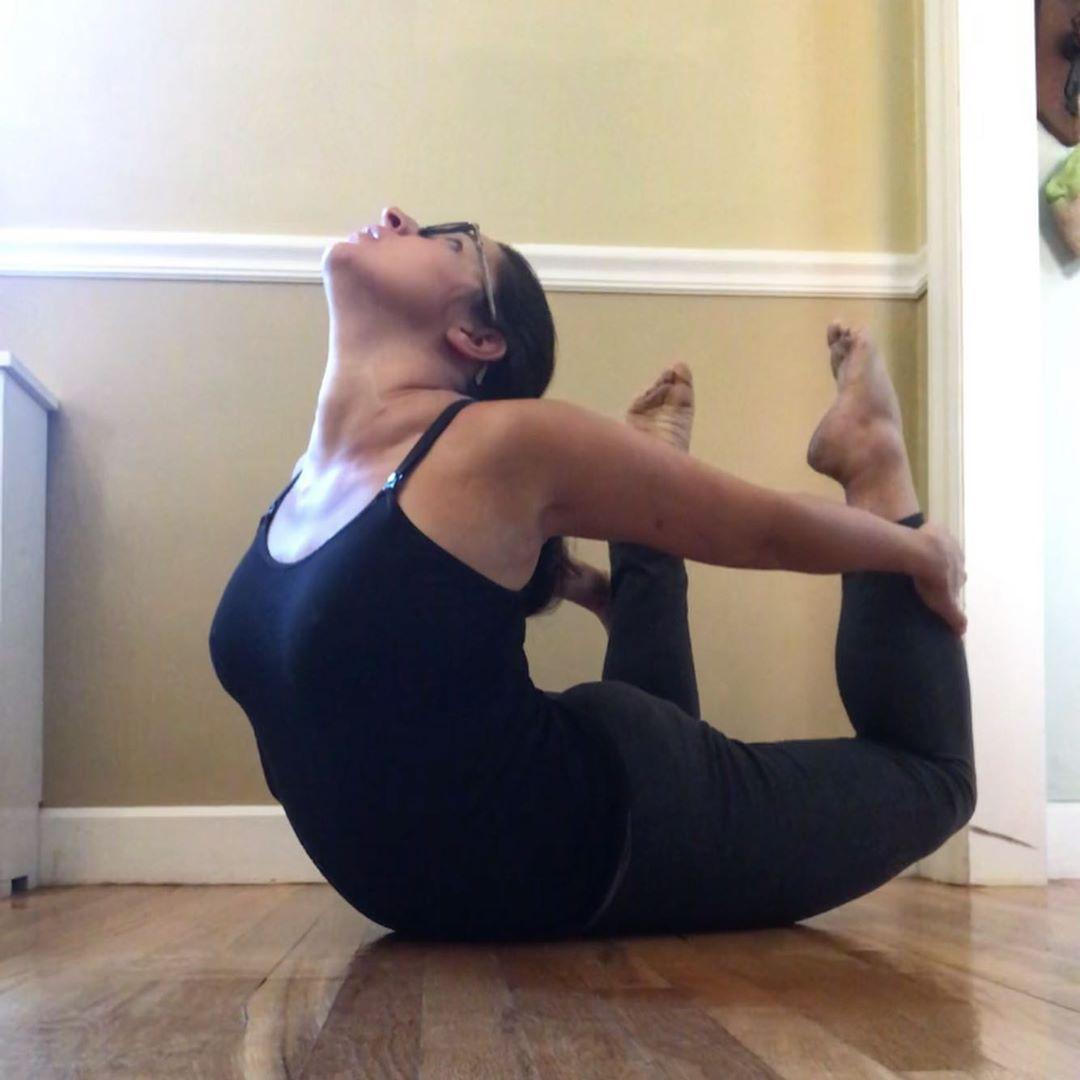 Day 24  #BendAsNeeded with @cyogalife . . . . . #yoga #yogalife #instayoga #yogafit #yogajourney #ig...
