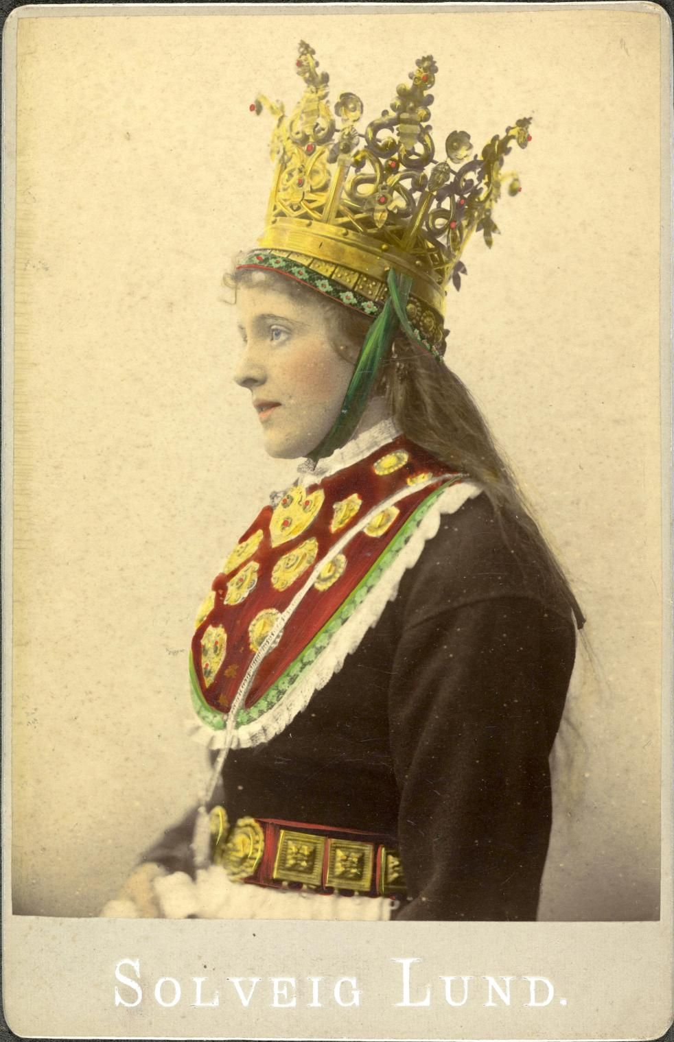 Norwegian Sunday Bridal Crowns Part V, Photography