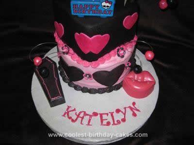 Marvelous Coolest Monster High Draculaura Birthday Cake Monster High Funny Birthday Cards Online Hendilapandamsfinfo