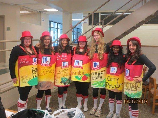 "Las ""Spice Girls"". | 32 Disfraces grupales de Halloween fantásticos"