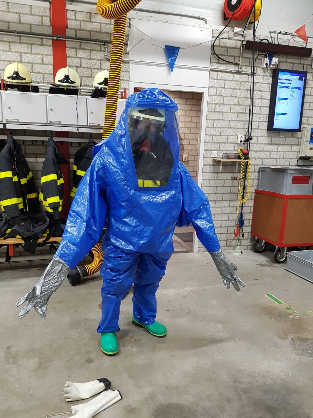 PsBattle Firefighter in a chemical suit Funny