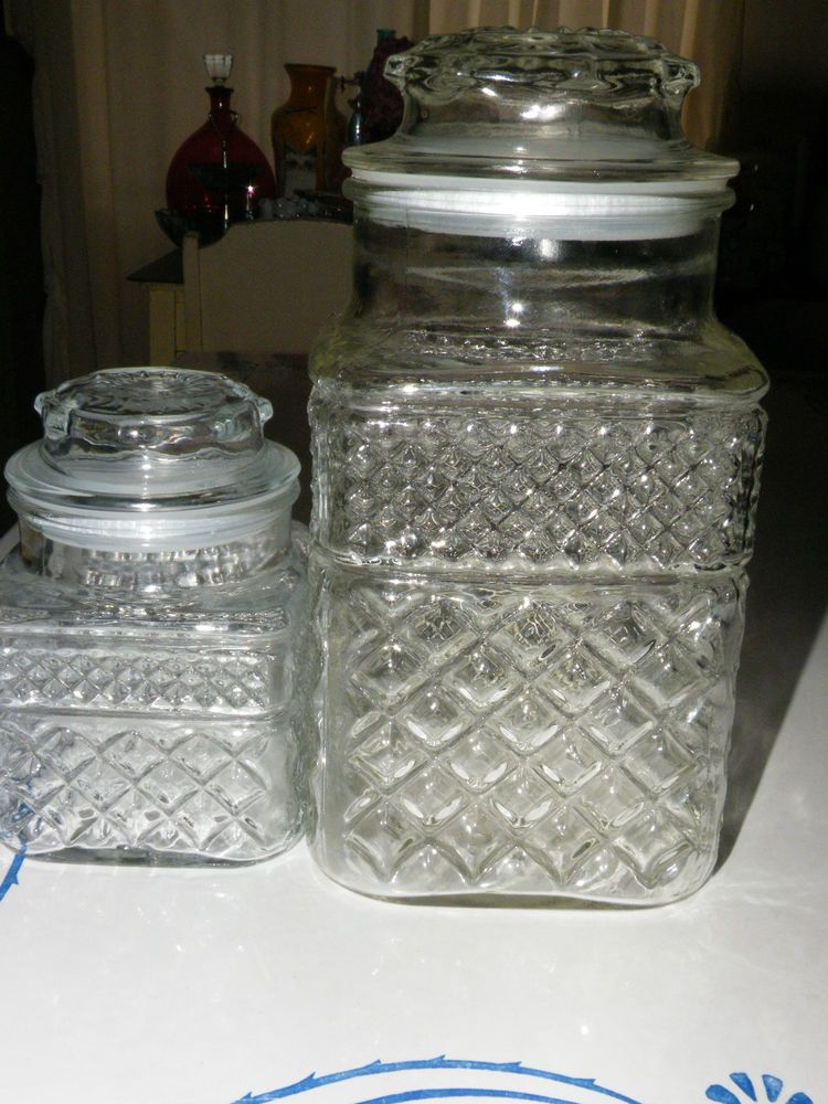 vintage glass canisters kitchen 2 vintage anchor hocking cut glass canisters wexford 22581