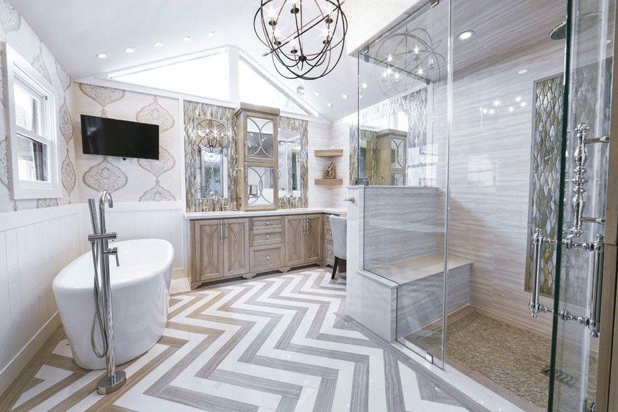 Foto di bellissimi bagni con arredo tra classico e moderno
