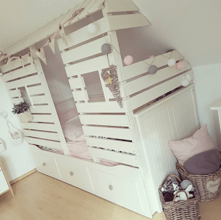 DIY Kinderbett in Hausoptik – Elas Dekoideen