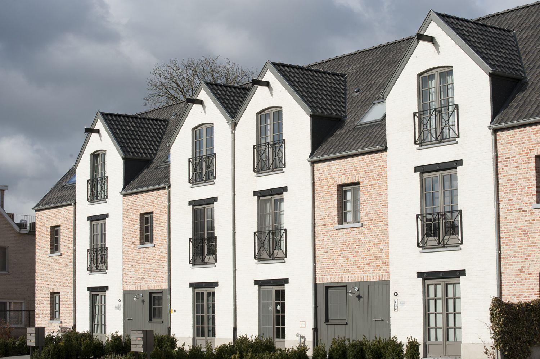 Nieuwbouwappartementen met nieuwe ramen en deuren van Bruvo