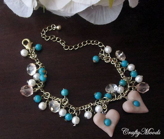 Crafty Moods - Free craft and lifestyle projects resource for all ages: A Last Minute Charm Bracelet ANYONE Can Do!