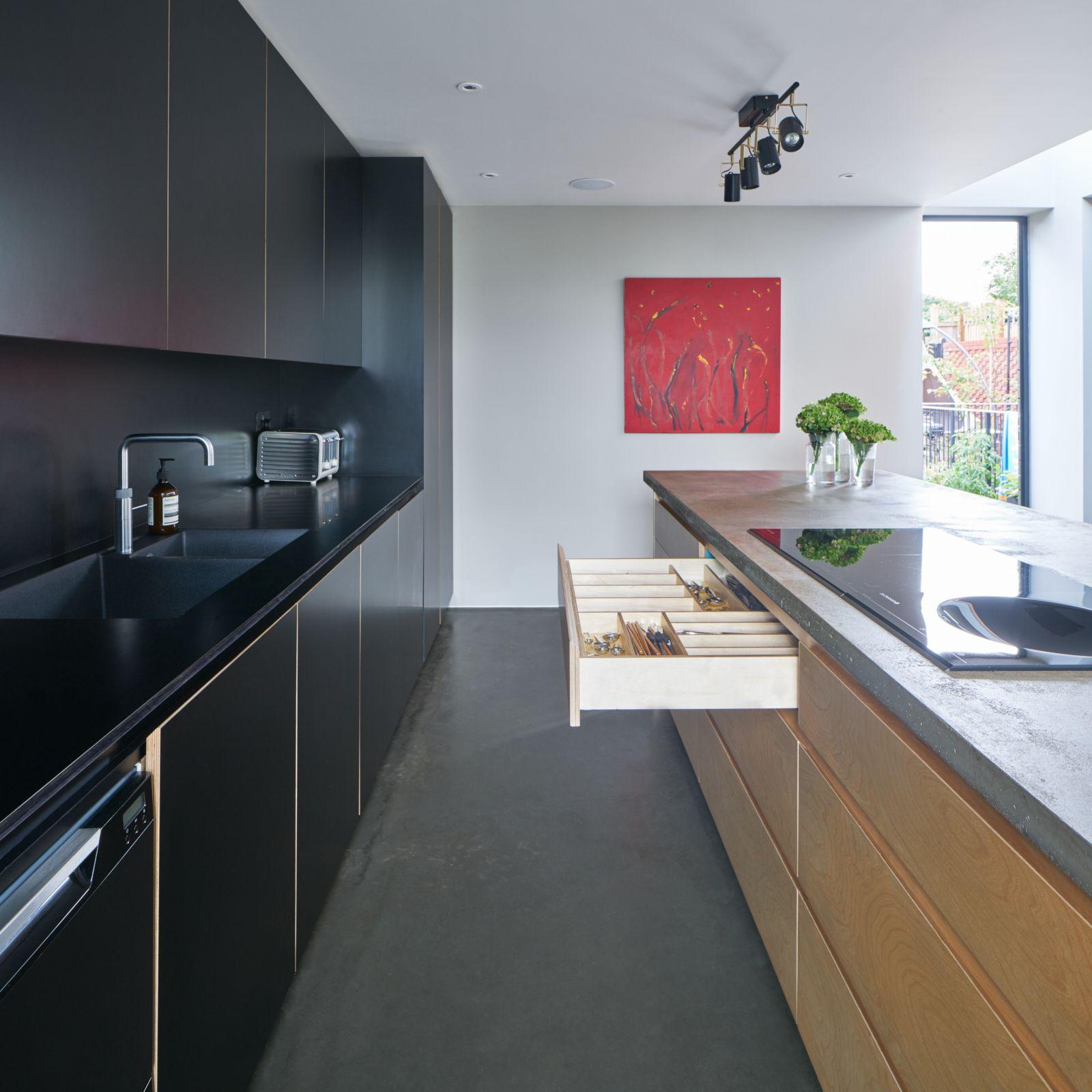 Kitchen Ideas With Black Worktops: Worktop & Splashback Are Both Diamond Black Matt Formica